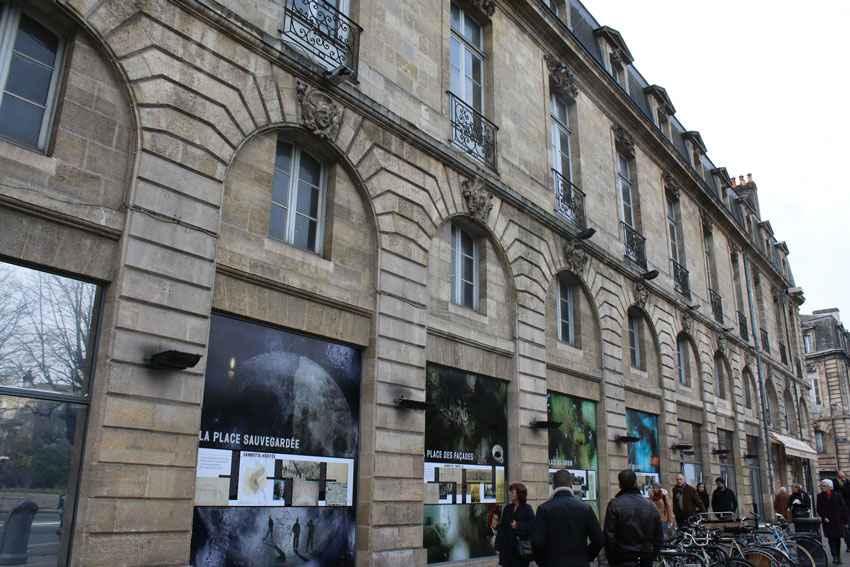 Bordeaux l 39 ex virgin r am nag en bars et h tel de luxe for Hotel de luxe bordeaux