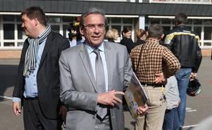 Ici au second tour  des élections municipales en 2014, le maire Roland Ries ne se représentera pas à sa succession en 2020.