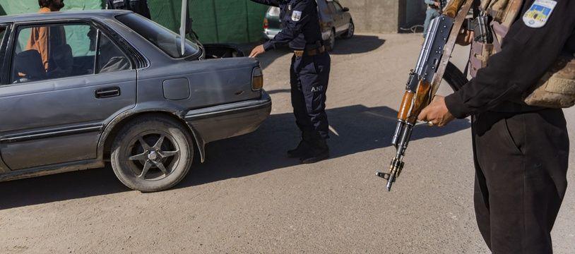 Un contrôle de police en Afghanistan le 16 janvier 2021.