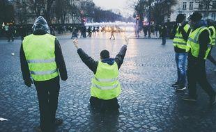 Des «gilets jaunes» lors de la manifestation organisée à Paris pour l'acte 9, le 12 janvier 2019.