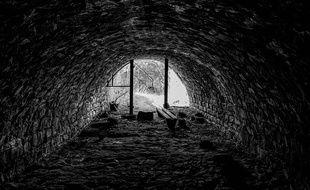 Illustration d'un tunnel d'égouts.