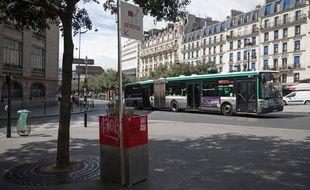 Un bus à Paris, le 13 août 2018 (image d'illustration).