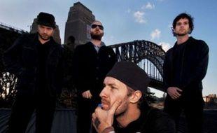 Le groupe Coldplay à Sydney, en 2006, avec Chris Martin en premier plan. Et s'ils plagient en plus la pose de U2 sur leurs pochettes d'album...