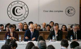 Didier Migaud (2e à g.) premier président de la Cour des comptes.