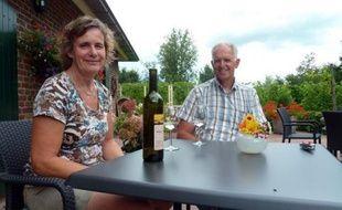 Manque de soleil, climat trop humide, températures trop basses: depuis des siècles les Pays-Bas, plus habitués à brasser de la bière, ont boudé la viticulture. Mais grâce à de nouveaux cépages plus résistants, le vignoble gagne du terrain au pays des polders.