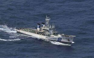 Les gardes-côtes japonais mènent une opération pour retrouver les survivants d'un cargo naufragé, ce jeudi 3 septembre.