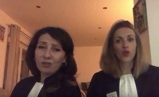 Deux avocates de Béthune parodie Dalida pour protester contre le projet de réforme de la justice.