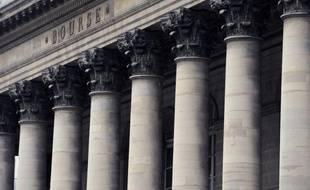 La Bourse de Paris était en hausse jeudi en début de matinée (+0,33%), dans un marché soutenu par de bonnes publications trimestrielles américaines et européennes qui encouragent les opérateurs à investir dans les actifs risqués.