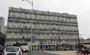 Une barre HLM à Sarcelles photographiée en juillet 2014.