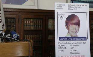 James Haakenson a été identifié comme étant l'une des victimes du tueur en série John Gacy