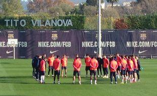 La minute de silence à l'entraînement de Barcelone