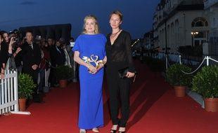 Catherine Deneuve et Emmanuelle Bercot en 2013 à Cabourg