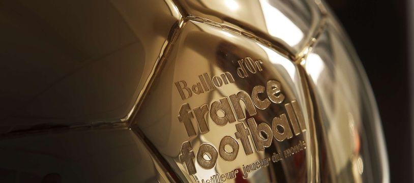 L'Olympique Lyonnais place 7 de ses joueuses parmi les 15 finalistes pour le Ballon d'Or féminin, qui sera décerné le 3 décembre prochain.