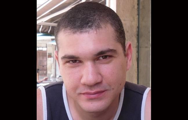 Photo non datée de Malik Boutvillain, disparu en mai 2012.
