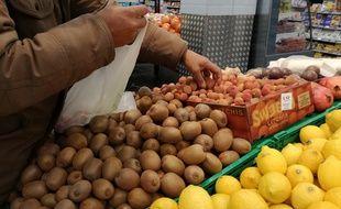 Les prix des fruits et légumes sont en forte hausse (illustration).