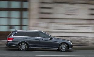 Une start-up se donne un mois maximum pour vendre une voiture d'occasion entre 10.000 et 26.000 euros.