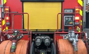 Véhicule de pompiers dans les rues de Lille