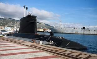 Un sous-marin à la base navale de Toulon (Illustration).