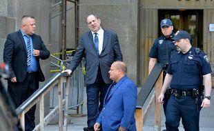 Le producteur Harvey Weinstein devant la cour suprême de New York ce jeudi