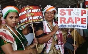 Des femmes défilent en réaction aux récents cas de viols en Inde, le 28 avril 2018.
