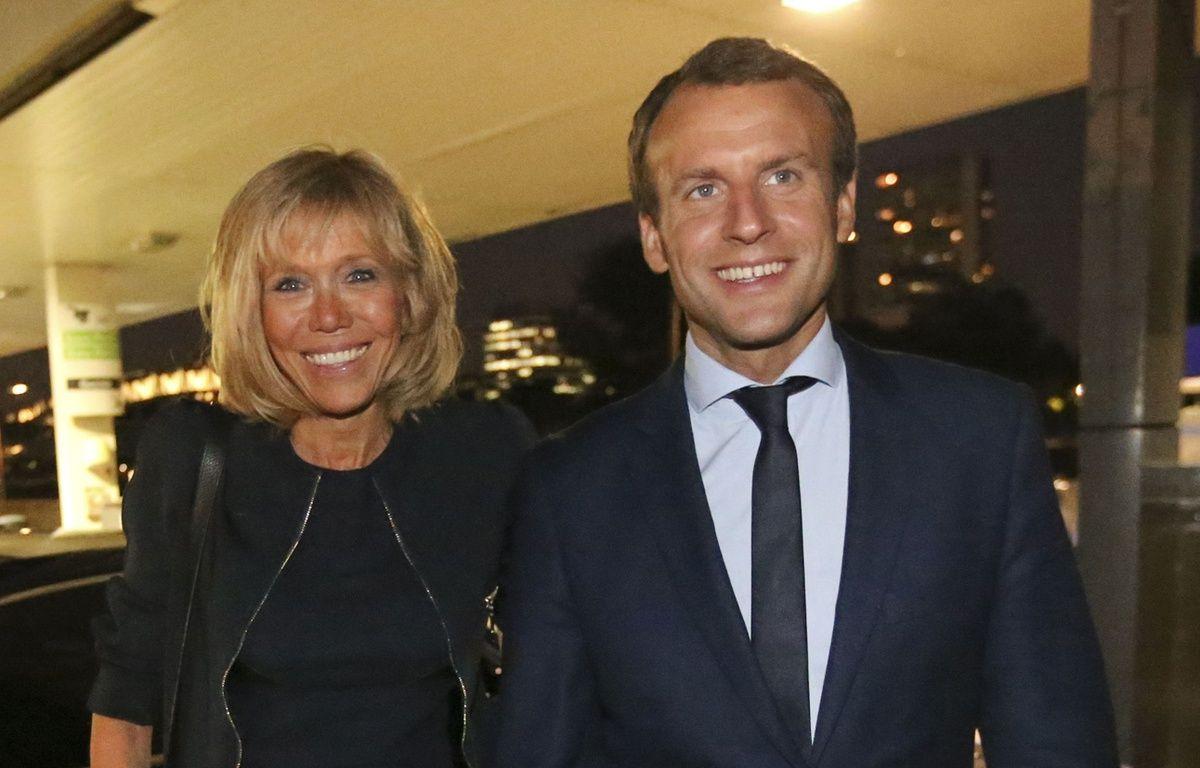Emmanuel Macron et sa femme Brigitte Trogneux – ABENHAIM/POOL/SIPA