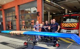 Romain et Stéphane de l'équipe Bat'Pompier avec leurs collègues