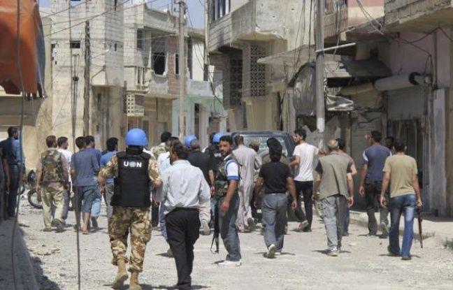 """Une intervention militaire étrangère en Syrie ne serait """"pas la bonne voie"""", a estimé mercredi le secrétaire général de l'Otan, Anders Fogh Rasmussen, quelques heures après qu'un haut responsable de l'Onu eut qualifié de guerre civile la situation dans ce pays."""
