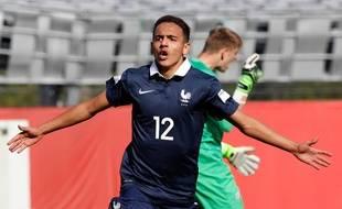 Bilal Boutobba lors du match entre la France et la Nouvelle-Zélande au Mondial U17.