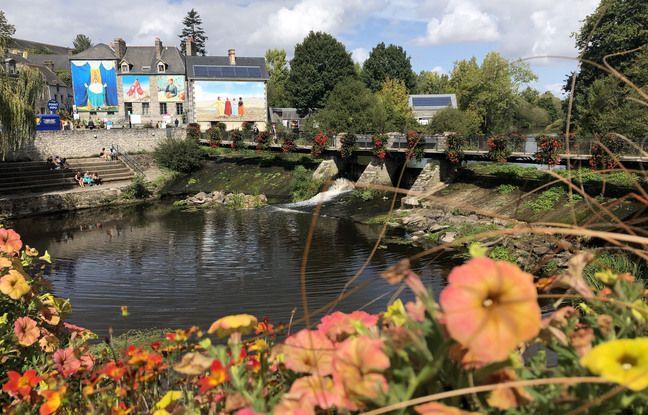 Le festival photo a vu le jour en 2004 à La Gacilly, petite cité de caractère située dans le Morbihan.