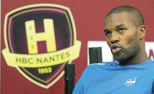 Egalement courtisé par Créteil et Sélestat, Rock Feliho a choisi de retourner à Nantes, où il a signé jusqu'en 2014.