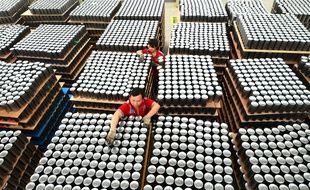 Des ouvriers dans une usine chinoise. Photo d'illustration.