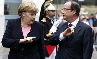 Angela Merkel et François Hollande, qui célèbrent samedi à Ludwigsburg (sud-ouest) le discours historique du général de Gaulle à la jeunesse allemande, sont parvenus ces dernières semaines à une entente pragmatique imposée par la crise de l'euro.