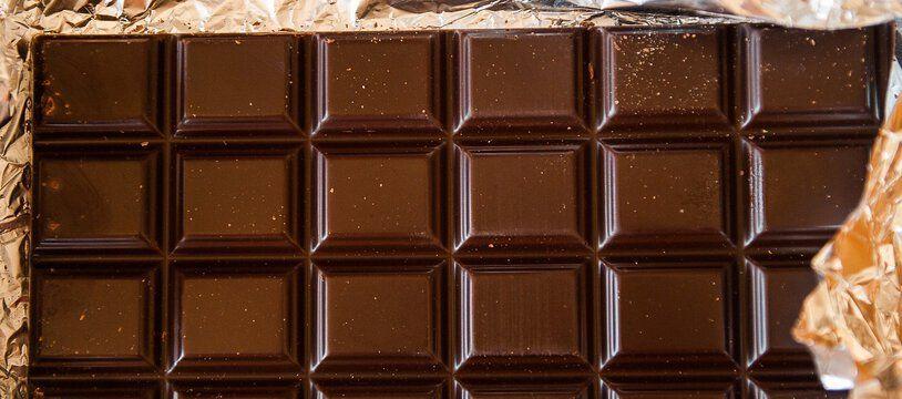 Une tablette de chocolat. Illustration.