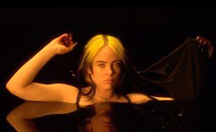 La chanteuse Billie Eilish dans un extrait de la vidéo «Not My Responsibility»