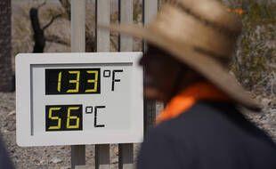 La vallée de la mort, dans le désert de Mojave, dans le sud-est de la Californie, a atteint 128 degrés Fahrenheit (53 Celsius) samedi 10 juillet 2021, selon la lecture du National Weather Service à Furnace Creek.