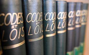 Des livres de droit. (illustration)