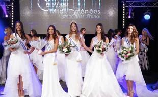 Emma Arrebot-Natou (au centre), élue Miss Midi-Pyrénées 2020.
