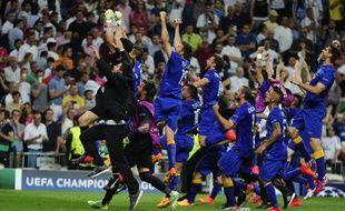 Les joueurs de la Juventus de Turin fêtent la qualification de leur équipe en finale de la Ligue des champions, le 13 mai 2015.