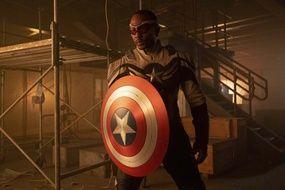 Sam Wilson, aka Captain America dans « Falcon et le Soldat de l'Hiver ».