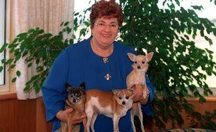 La reine des fourneaux Maïté et ses trois petits toutous (ne vous inquiétez pas, elle ne va pas les manger)
