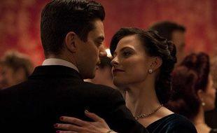 Dominic Cooper et Lara Pulver dans «Fleming: The Man Who Would Be Bond».