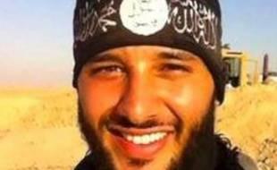 Photo non datée de Foued Mohamed Aggad, provenant de son site Facebook et identifié comme le troisième kamikaze du Bataclan
