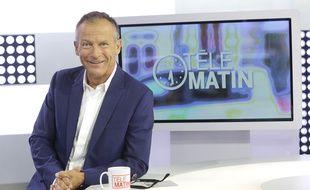 Laurent Bignolas présente « Télématin » sur France 2.