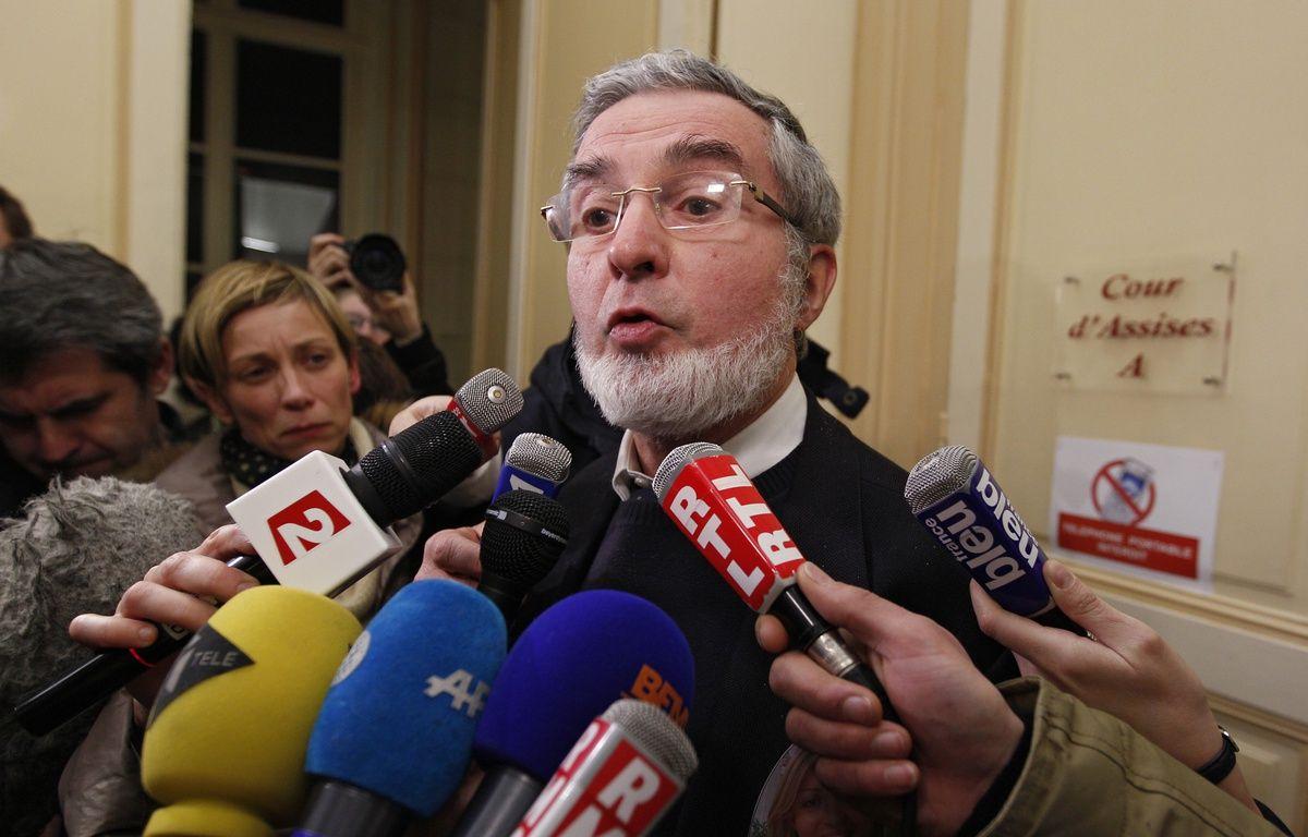 Douai, le 23 janvier 2014. Yves Mougel, le père de Natacha Mougel, sort de la salle d'audience après la condamnation du meurtrier de sa fille, Alain Penin. – M.Libert/20 Minutes