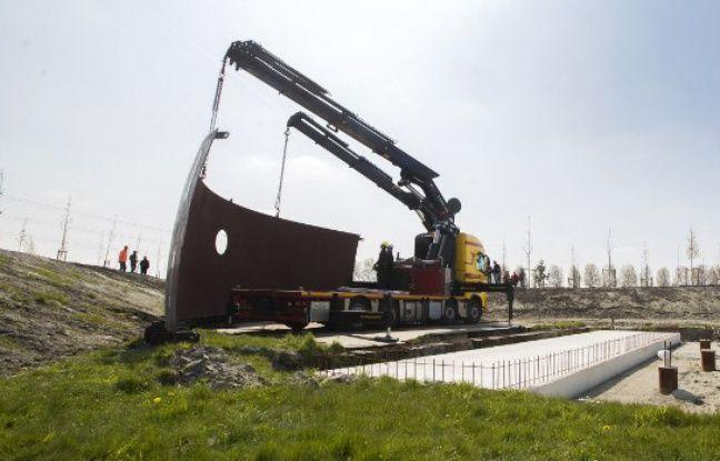 Trois ans après le crash du vol MH17 dans le ciel ukrainien, près de 2.000 proches devraient rendre hommage aux 298 victimes aux Pays-Bas