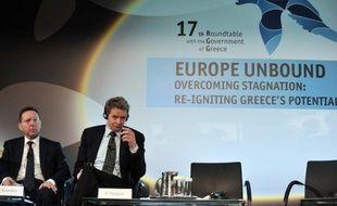 """La Commission européenne s'est vivement défendue jeudi contre les critiques du FMI sur le sauvetage de la Grèce, en se disant en """"désaccord fondamental"""" avec l'institution de Washington, un nouvel épisode dans les relations parfois tendues entre l'UE et le FMI."""