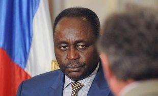 Le président centrafricain François Bozizé a clairement affirmé mardi qu'il ne négocierait pas son départ, réclamé par la rébellion dont une délégation se trouve à Libreville pour des pourparlers avec le pouvoir et l'opposition, sous l'égide des pays d'Afrique centrale.