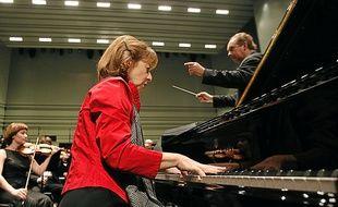 La pianiste Anne Queffélec, l'un des artistes incontournables du festival.