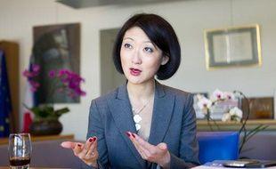 Fleur Pellerin, ministre des PME dans son bureau de Bercy le 29 avril 2013