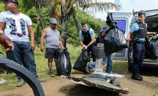 Des débris du vol MH370 retrouvés le 11 août 2015 à Sainte-Suzanne, à l'île de la Réunion
